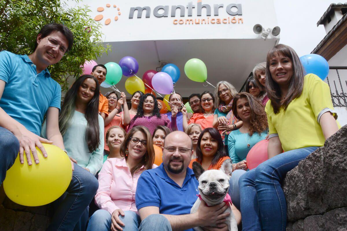 equipo Manthra comunicación